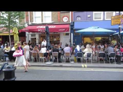 Outdoor cafes on a London street