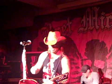 Bret Michaels Band - Every Rose - Live in Annapolis, MD @ Ramshead 4-21-11
