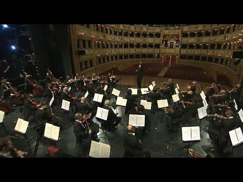 """Tchaikovsky - Capriccio italiano e Sinfonia n. 6 """"Patetica"""" (John Axelrod)"""