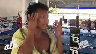 Muay Thai world champ Lerdsila shows techniques, talks style & creativity at Phuket Top team