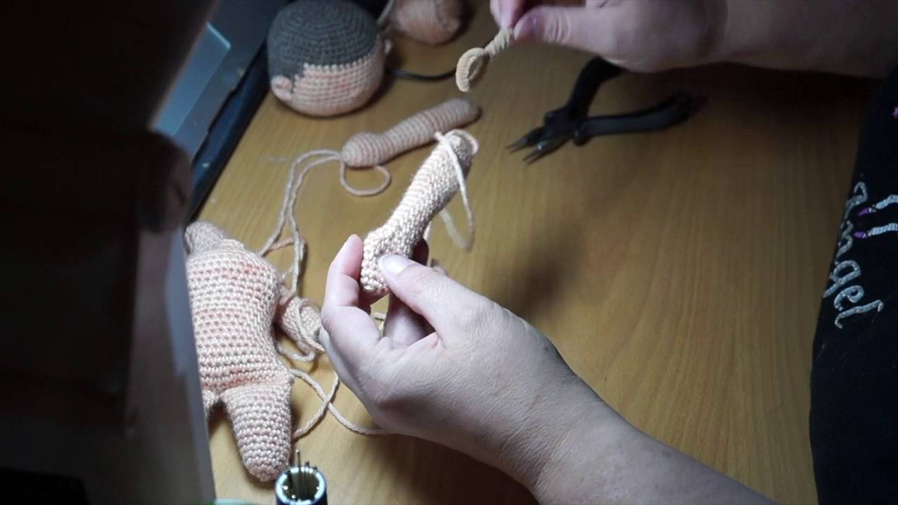 Amigurumi Doll Arms : My little crochet doll making the arms youtube