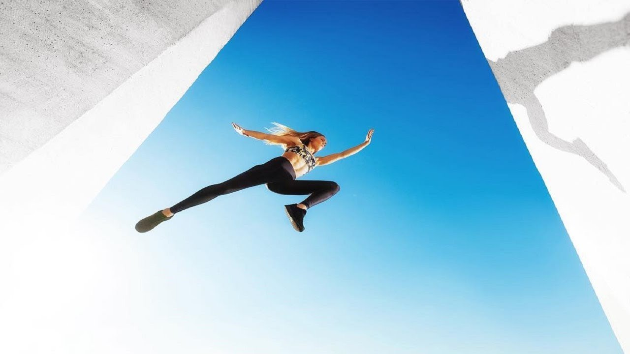 Download Amazing Parkour And Freerunning Girl - Katie McDonnell