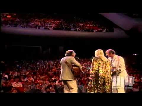 Peter, Paul and Mary - If I Had A Hammer (25th Anniversary Concert)