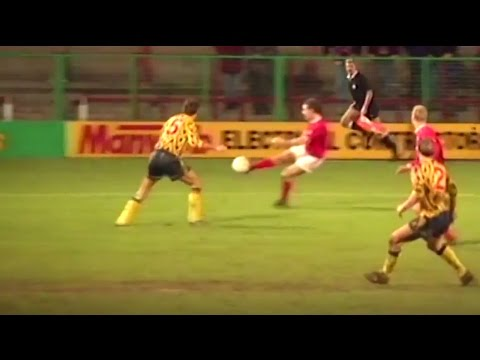 Wrexham's late surprise FA Cup win v Arsenal (1992) | From the Archive
