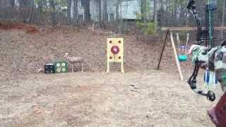 Barebow Compound Fingers - Shooting a tennis ball off a deer