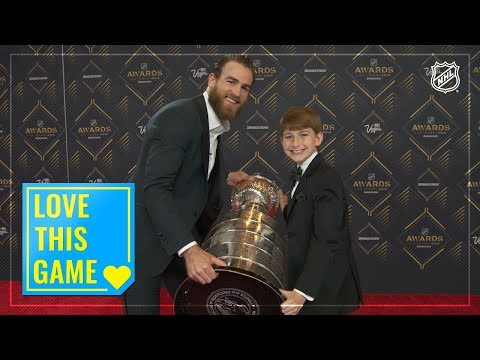 Kid Correspondent Matt G hits the red carpet at the 2019 NHL Awards
