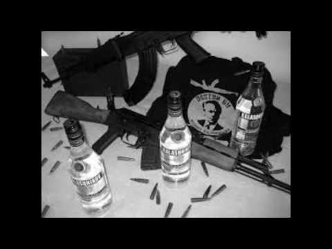 AK-47 Kalashnikov AKbar (extreme bass boosted)
