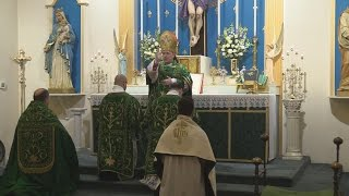 Pontifical Solemn Mass celebrated by Bishop Athanasius Schneider