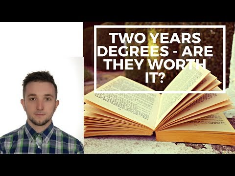 TWO YEAR DEGREES WORTH GETTING? - Advantages and Disadvantages