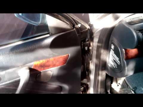 Audi A6 C4 регулировка дверей