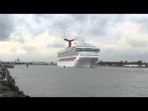 Carnival Conquest departs Port Everglades, Florida