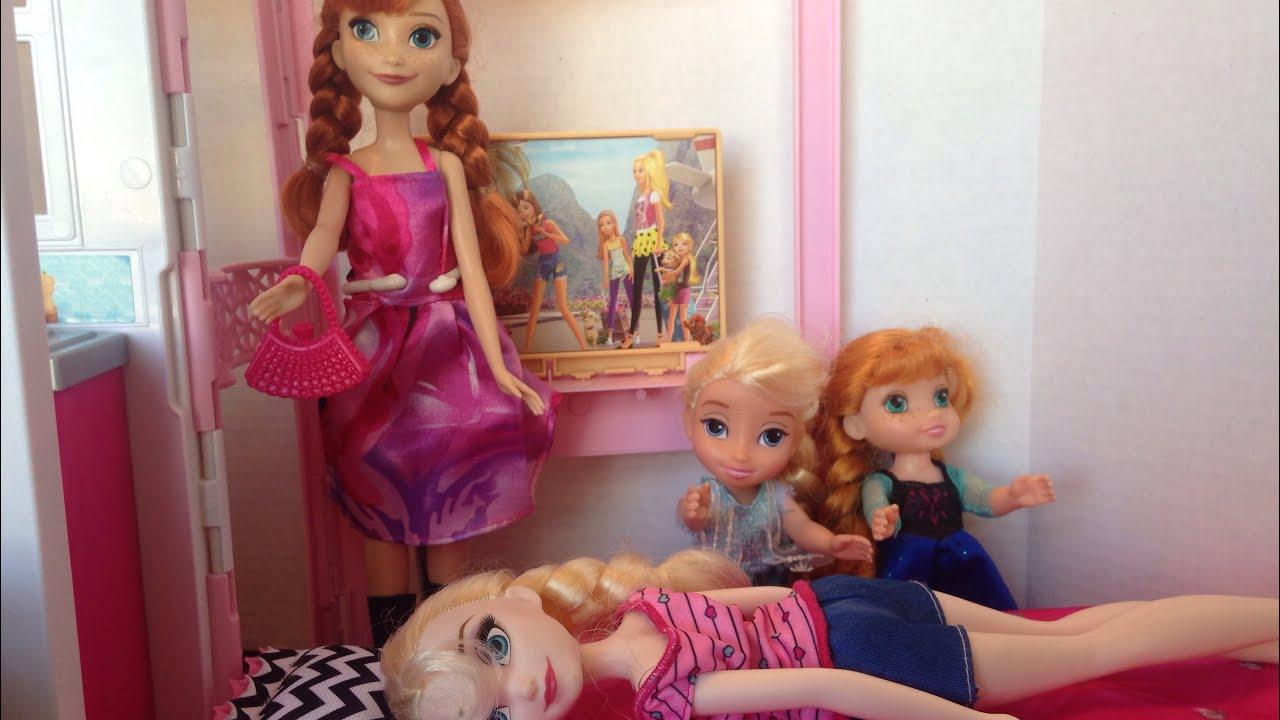 Elsa Crying Anna And Elsa With Their Kids Anya And Elsya Help