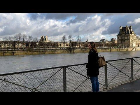 The flooding Seine in Paris! 🇫🇷
