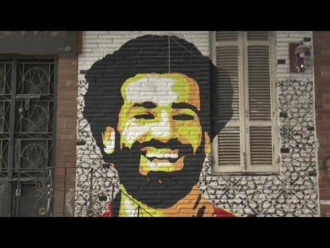 شاهد: المصريون يحتفلون بفوز محمد صلاح بطريقتهم الخاصة  - نشر قبل 1 ساعة