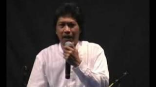Download Video Tarhim (Gondelan Klambine Kanjeng Nabi) oleh Cak Nun.mp4 MP3 3GP MP4