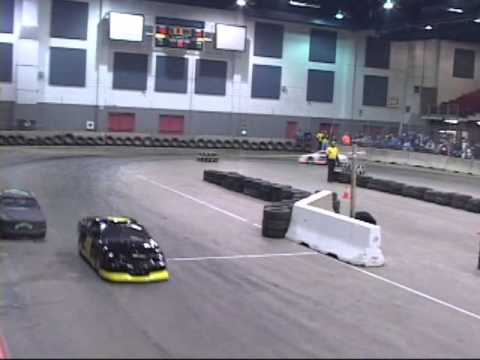 2013/2014 Midwest Indoor Racing Series - Mini Cups Feature At Kellogg Arena