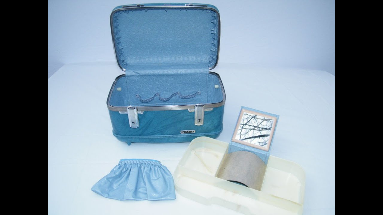 VINTAGE RETRO BLUE AMERICAN TOURISTER TRAIN VANITY CASE CARRY ON ...