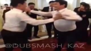 Парни перетанцевали всех девушек на свадьбе!