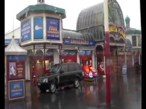Series 9 Episode 2 - Sightseeing on the Fylde Coast (Blackpool & Fleetwood)