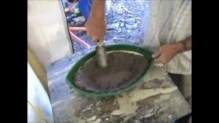 Diymolds.com  - Moulding Concrete Birdbath Planter Freehand
