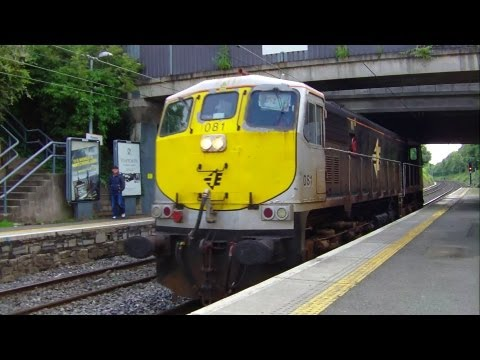 Irish Rail Class 071 Diesel Locomotive - Raheny Station, Dublin