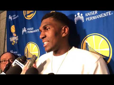 Kevon Looney on his nice night in his hometown of Milwaukee
