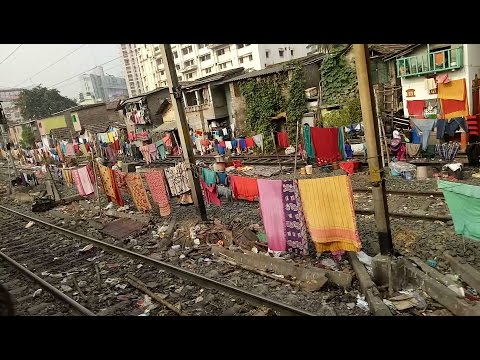 KOLKATA 🚉  RAILWAY TRACK GRAB BY THE POOR PEOPLE( INDIAN PEOPLE LIFE WHO LIVES IN RAILWAY TRACK)