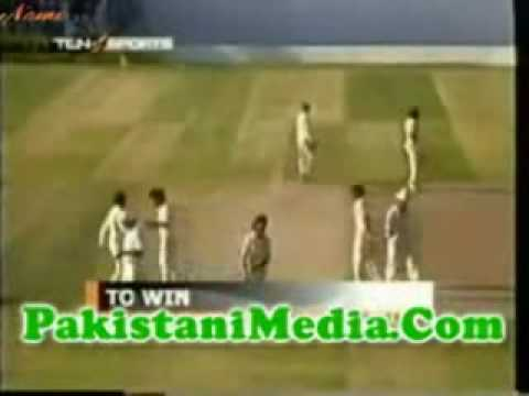 Javed Miandad's Famous SIXER @ Sharjah