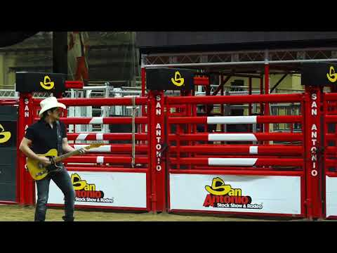 Tim Palmer - Brad Paisley Has Some Rodeo Difficulty