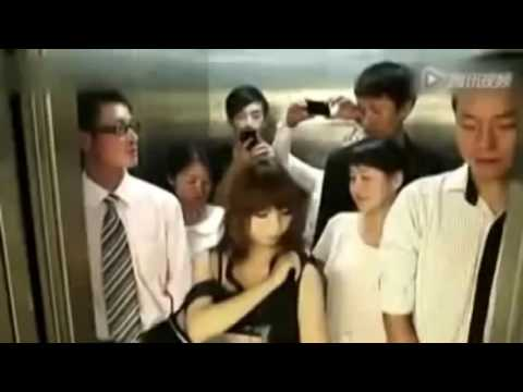 video lucu saat naik lift bikin otak ngeres