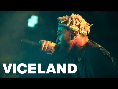Kevin Abstract Performs