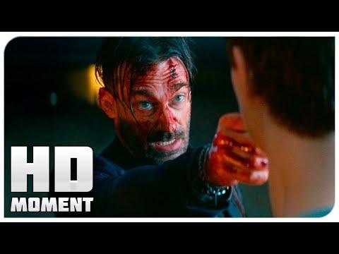 Малыш и Дэбора против Бадди - Малыш на драйве (2017) - Момент из фильма
