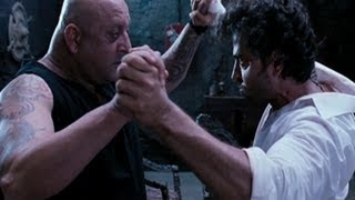 Video Sanjay Dutt and Hrithik Roshan show their power over each other - Agneepath download MP3, 3GP, MP4, WEBM, AVI, FLV Agustus 2018