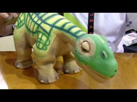 Video thumbnail of Pleo
