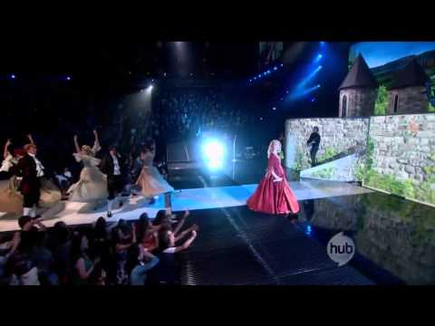 Taylor Swift - Love Story - Journey to Fearless 720p[HD]