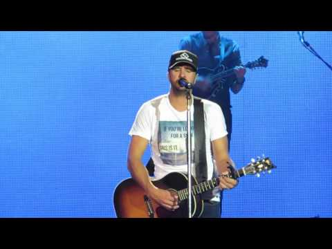 "Luke Bryan ""Drunk On You"" Live @ Susquehanna Bank Center"