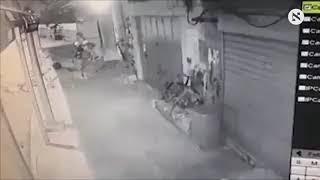 بالفيديو.. لحظة قتل جنود الاحتلال معتقلا فلسطينيا