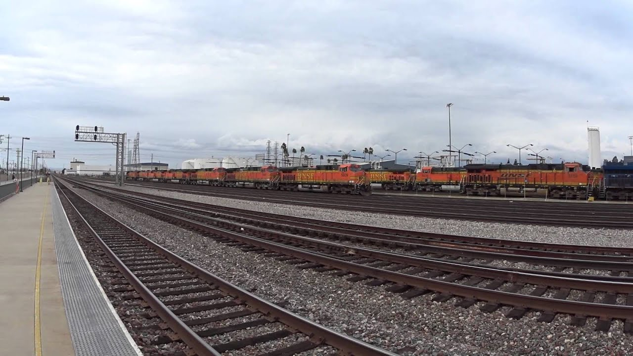BNSF Commerce Power Move