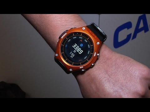 3851e5b57289 Casio Smart Outdoor Watch  el primer reloj Casio con Android Wear ...