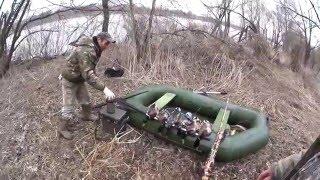 Весенняя охота на селезня с манком и чучелами. Spring hunting duck decoy with stuffed and.