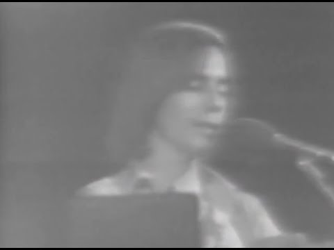 Jackson Browne - Full Concert - 10/15/76 - Capitol Theatre (OFFICIAL)