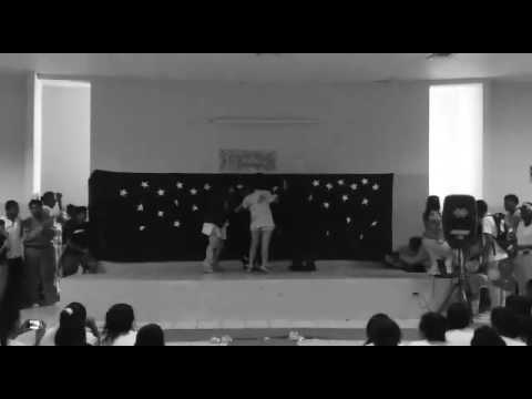 Choreography of English fair Of the school replica guayaquil