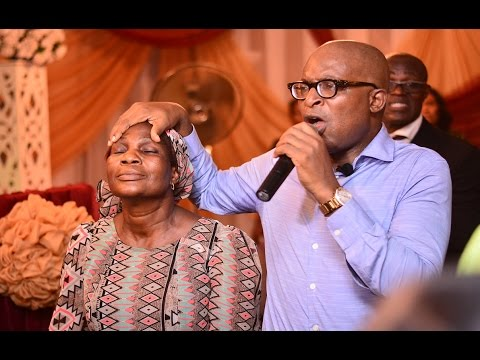 MIGHTHY HEALING MIRACLES AT SOAKING UP HIS PRESENCE LAGOS Jan_2016 A