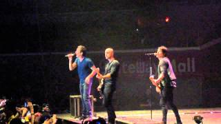 Addicted - Simple Plan Live in Manila 2012