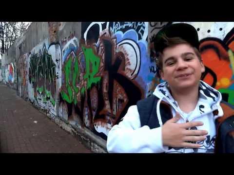 Olaf Bressa ft  MsK   u017bycia Spektakl  Official Video