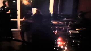 Levitations (Girl Punk Berlin) Live (Teil 1) @ Juz Bamberg - White Sheep Punk Fest 1 11012014