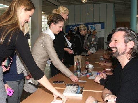 Autogrammstunde mit den Söhnen Mannheims in Hamburg