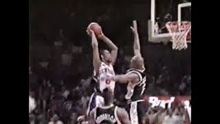 Latrell Sprewell Dunks on Jaren Jackson (1999 NBA Finals)