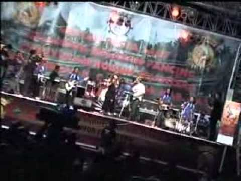 Salam Rindu - Dwi Ratna & Brodien - New Pallapa Live Bendar Juwana Pati, 2011 by Cah Pwd