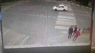 Horrible Road Accident PEOPLE HIT BY CAR